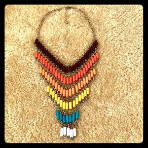 2/15$ Beautiful 6 color statement necklace